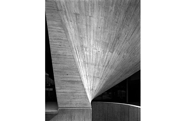 photo: column detail