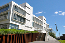 photo of the spitzer school of architecture