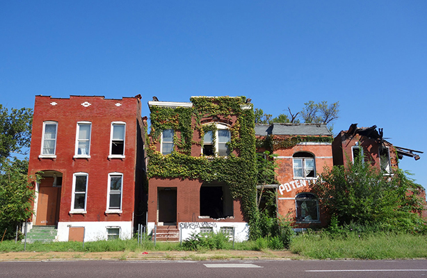 Row Houses in Varied States of Decay, St. Louis, 2016. Photograph by Joseph Heathcott.